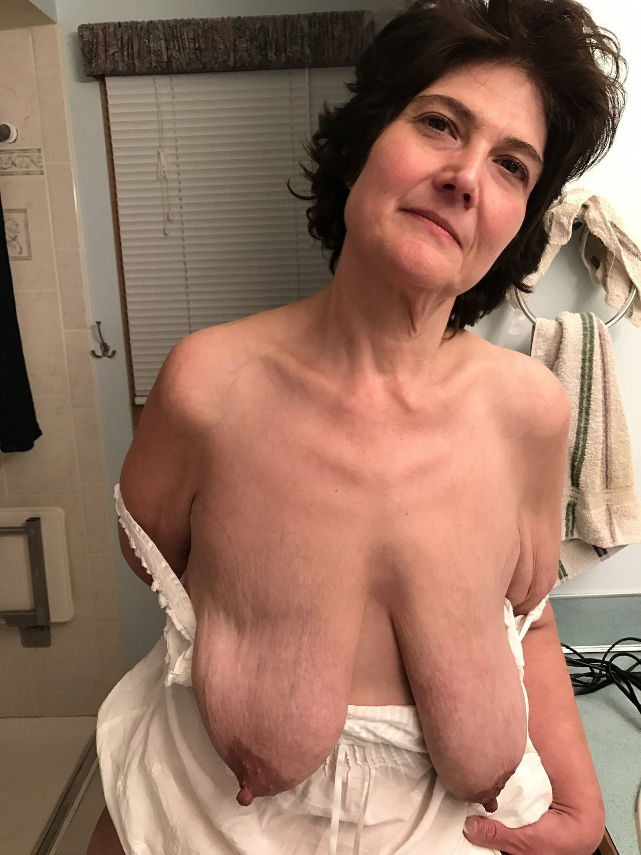60 sexy mature women pictures